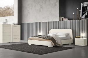 camera da letto essenziale bianca Napol